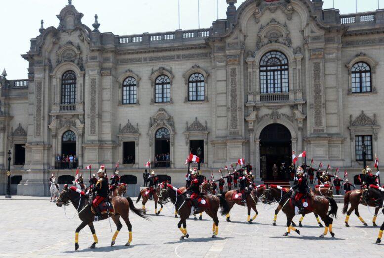"""Pedro Castillo decidió no vivir en el Palacio de Gobierno para """"romper con los símbolos coloniales"""""""